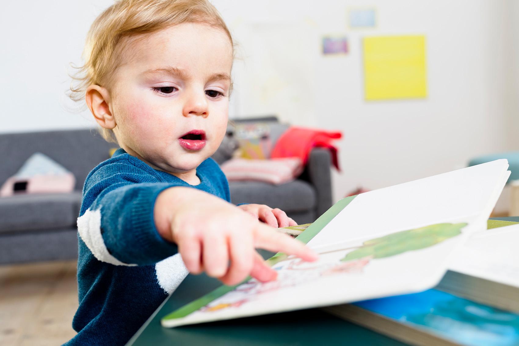 Sprachentwicklung bei Kindern – wann beginnen Babys zu sprechen?